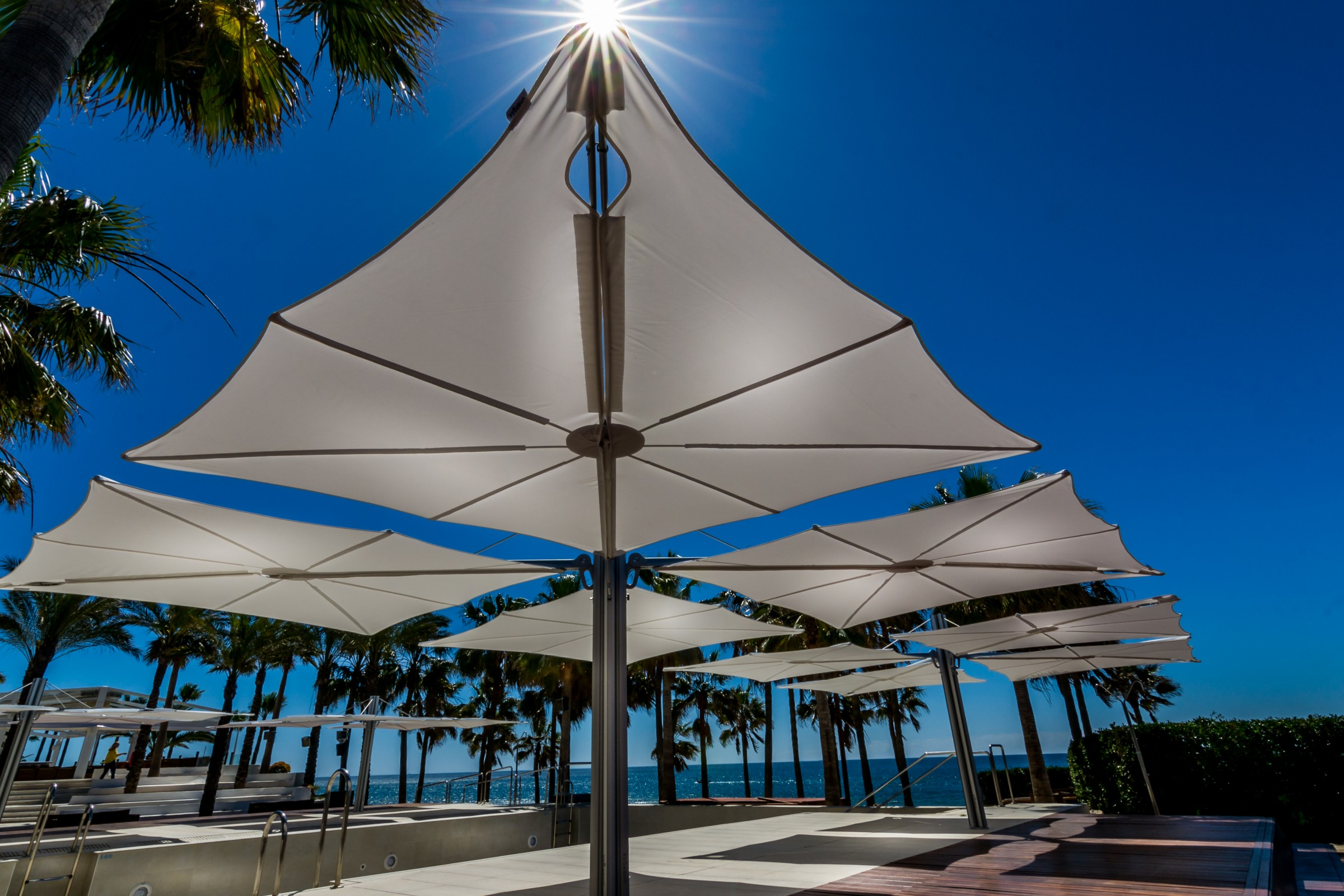 modern offset umbrella - umbrosa spectra contemporary cantilever