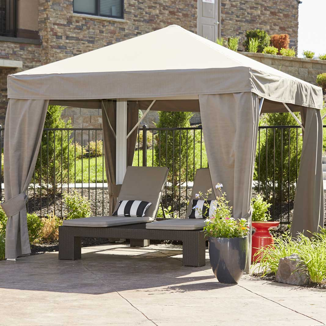 Cuscini Outdoor.Cabana Design Cuscini Cabanas Used In Home Community Amenity Design
